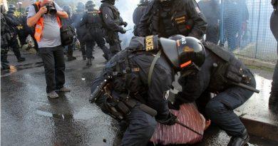 Konec svobody shromažďování vČr, návrat ke kořenůn socialistického režimu?