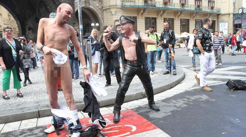 """Městské """"Freak"""" Pride: Tolerance, nebo deviace?"""